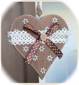 Herzen sind ein Stilmittel der Alpenromantik.