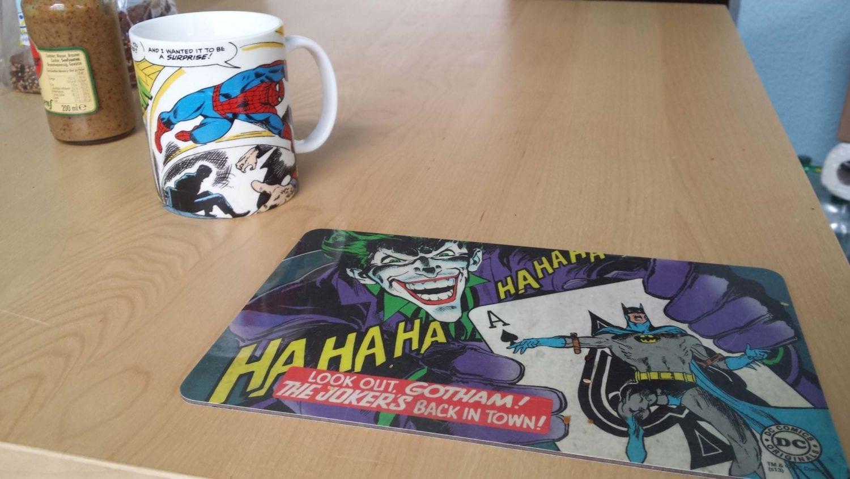 Frühstück mit Spiderman und dem Joker