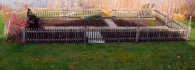 Beet im Garten