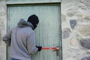 thief-1562699_640